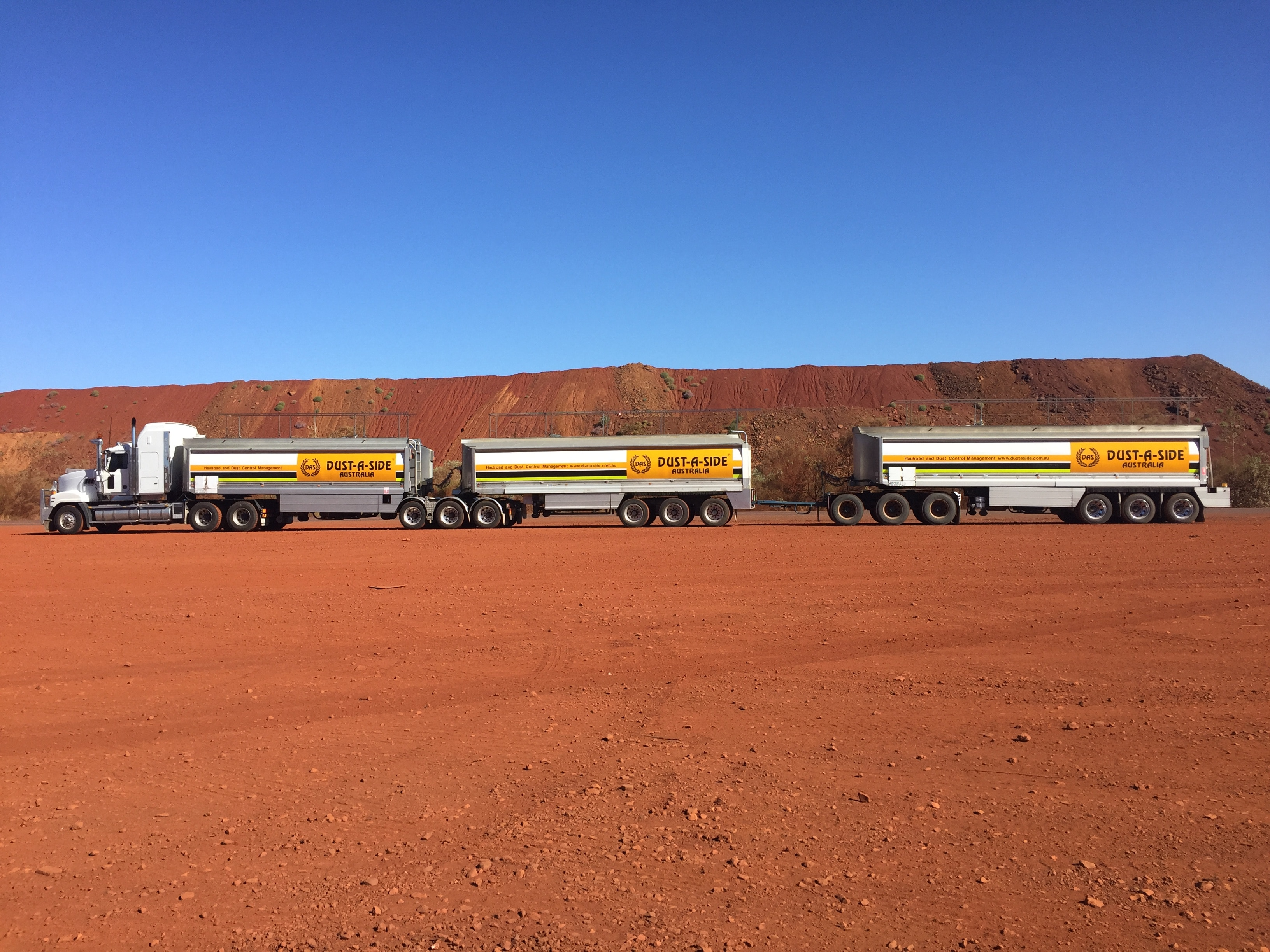 Dust products delivered by road train